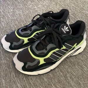 Adidas Temper Run Black/Glow sz 11.5